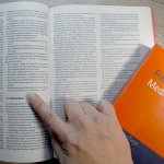 Buch zum Thema Medienrecht studieren